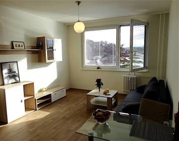 Квартира в Праге 8, 1+кк, 29m2